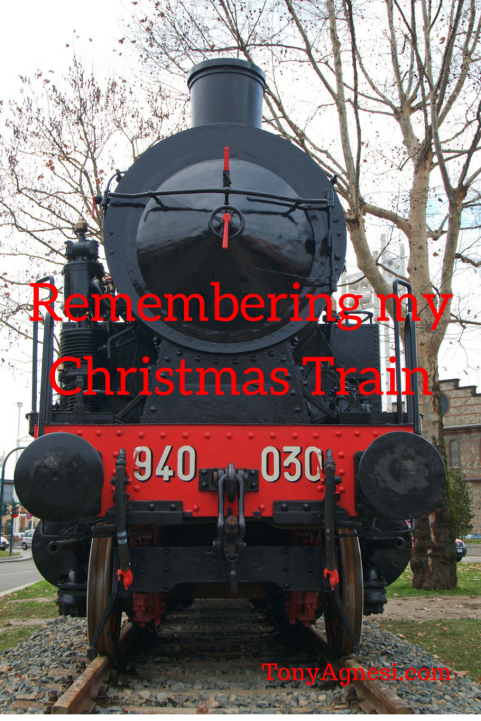 remembering-my-christmas-train1